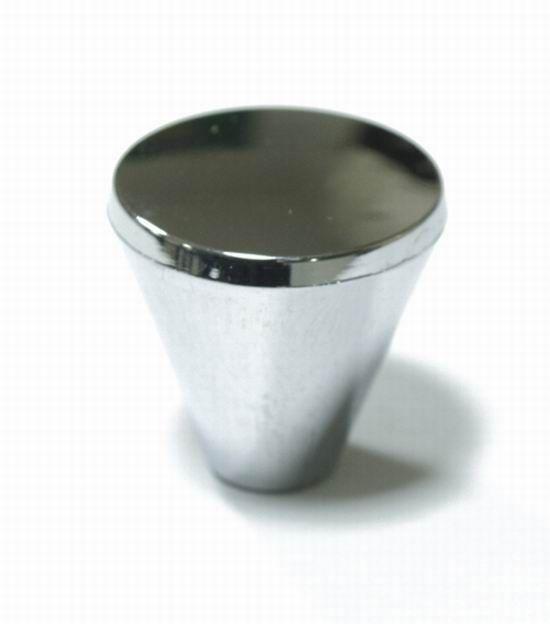 14517 - plastová knopka chrom lesk 12