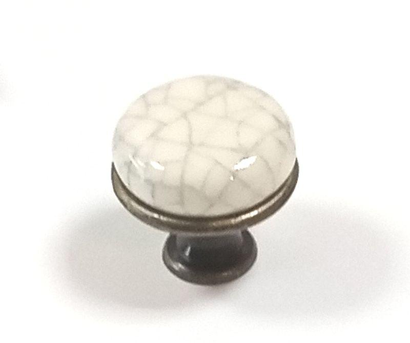 62145-knopka staromosaz/porcelán popraskaný mramor