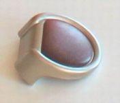 81019 - knopka půlkulatá Ořech rozteč 15mm