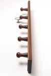 97101dřevěný pětiháček Ořech 60x470mm KONEC
