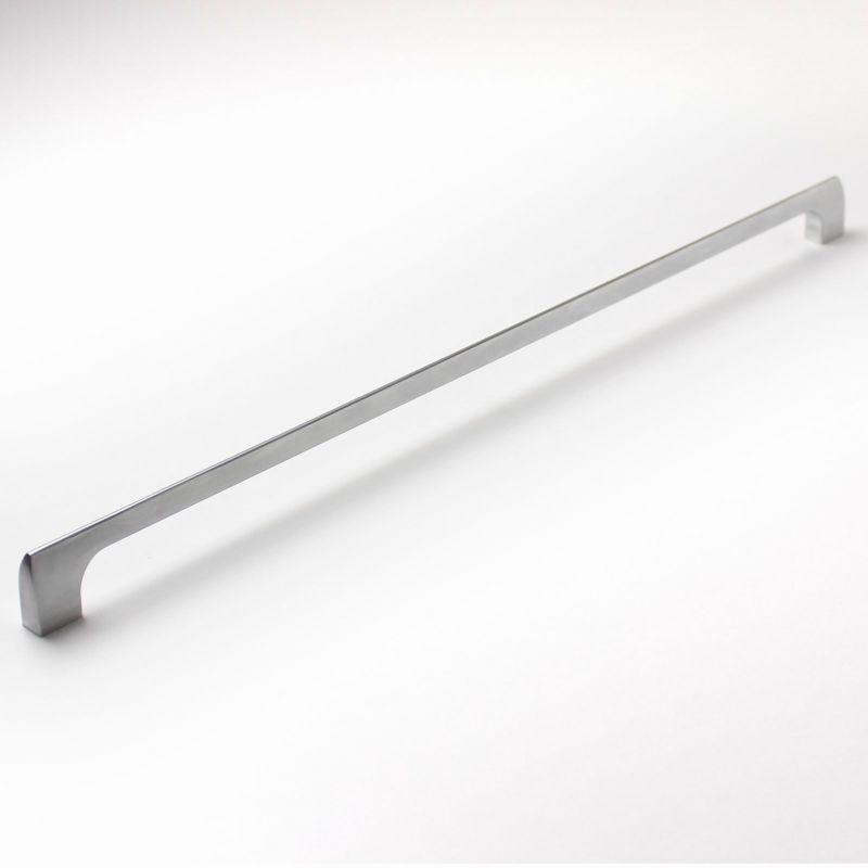 770048 - úchytka rozteč 416mm / Satén chrom